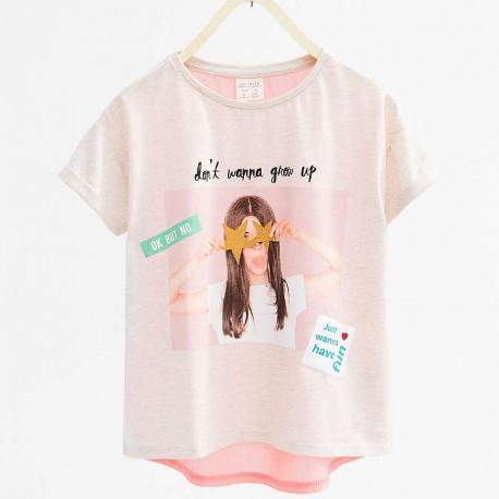 0f59fcccf ZARA T-shirt with girls