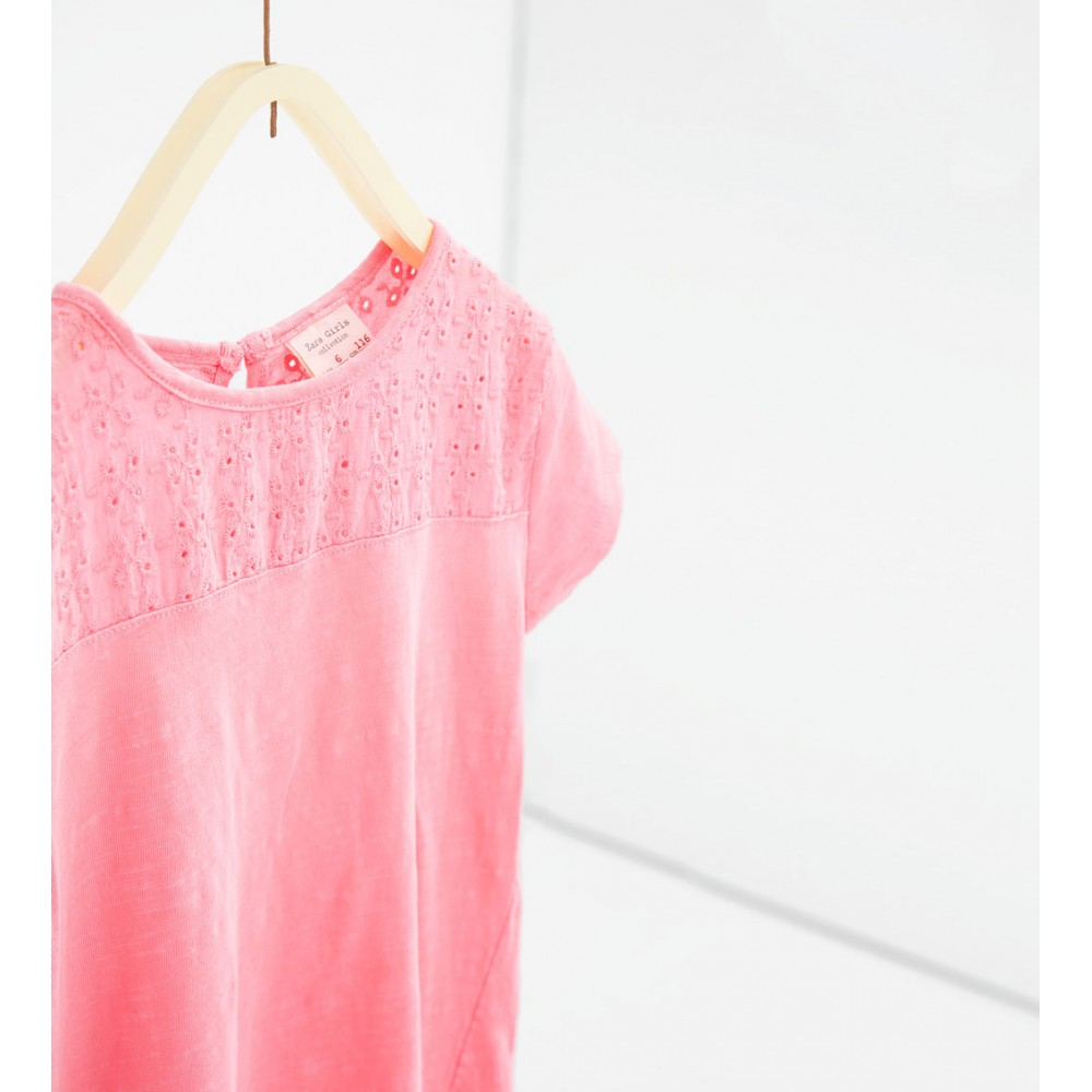 74efa86f ZARA pink T-shirt with lace