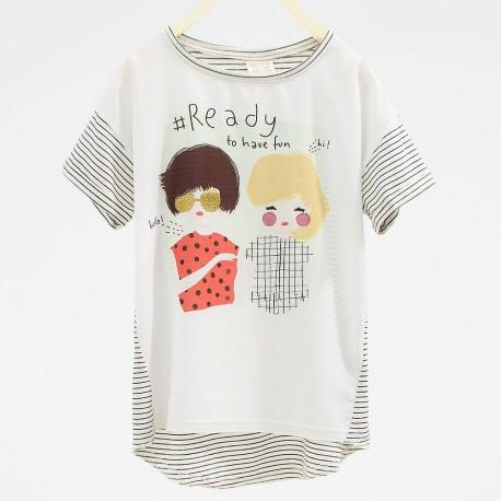 49b66a584 ZARA white T-shirt with girls